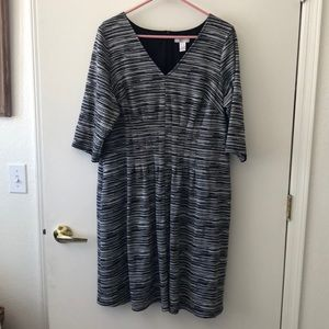 London Times Woman Dress size 2X. Gently Used